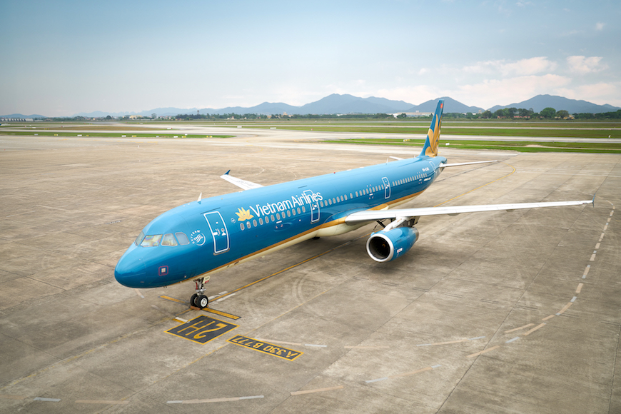 vietnam airlines hcmc to quang ninh