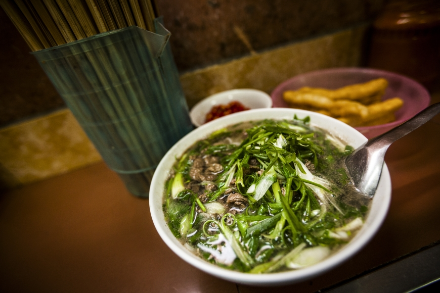where to eat pho in hanoi