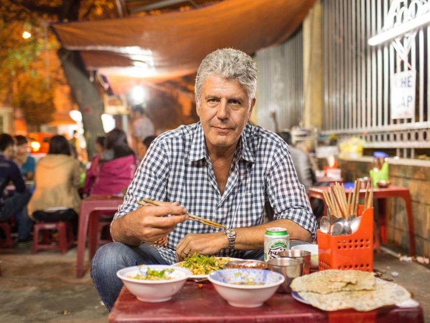 anthony bourdain eating vietnam
