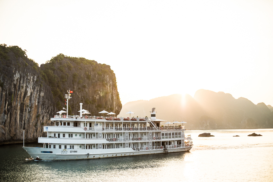 halong three night cruise