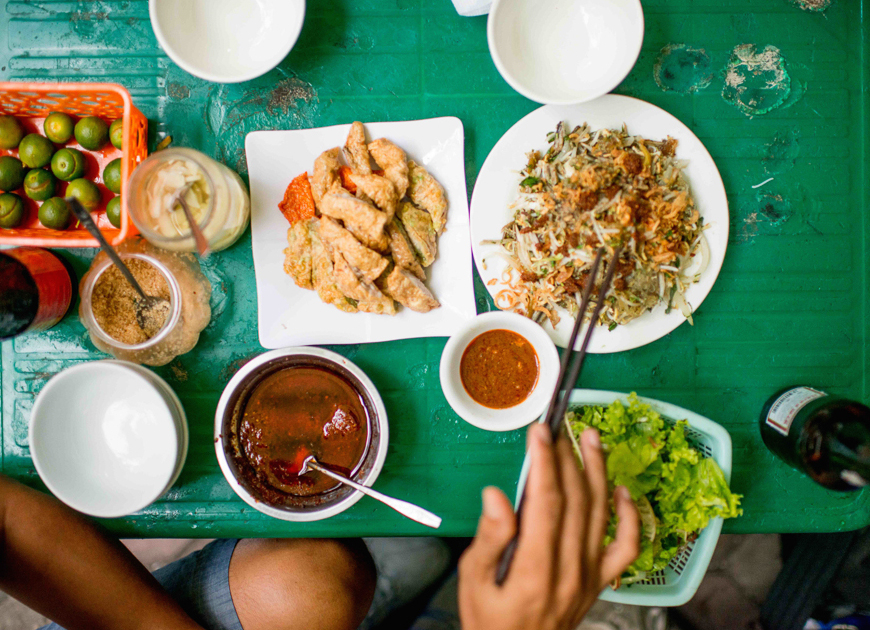 vietnamese street food late night