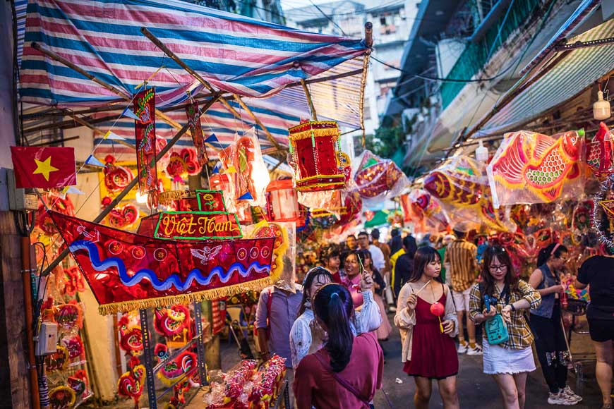 mid autumn festival vietnam 2018