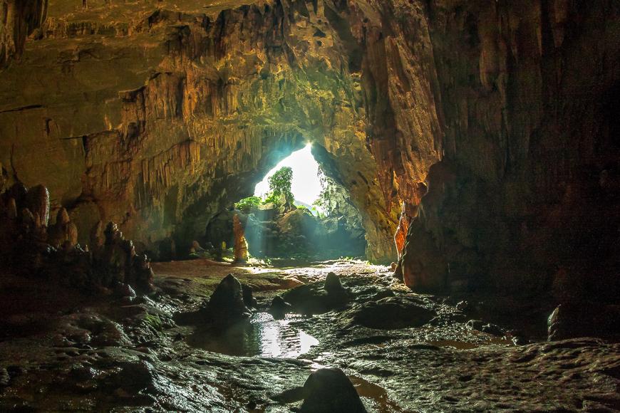 tu lan caves phong nha