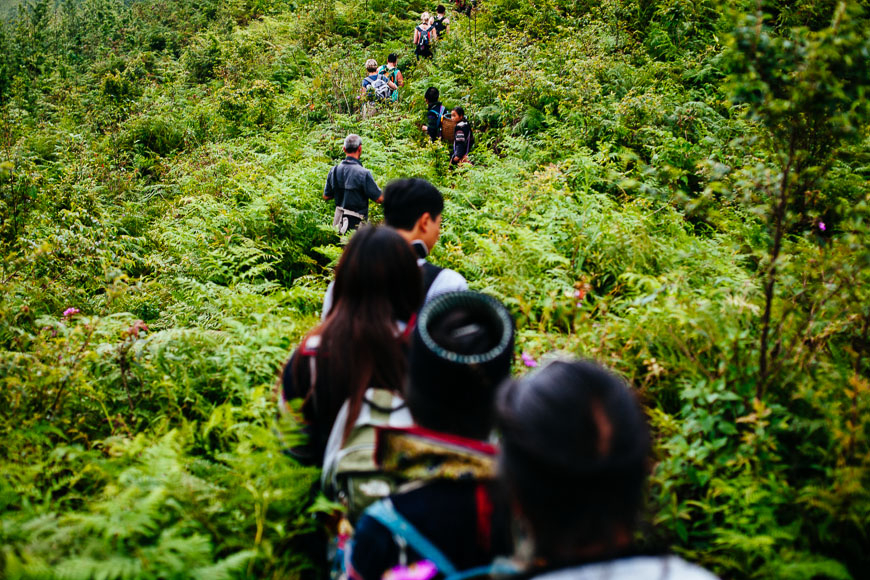 sapa hiking with hmong guides