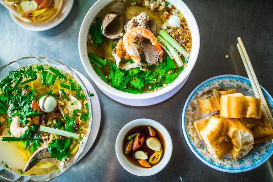 eat like a local HCMC vietnam tourism