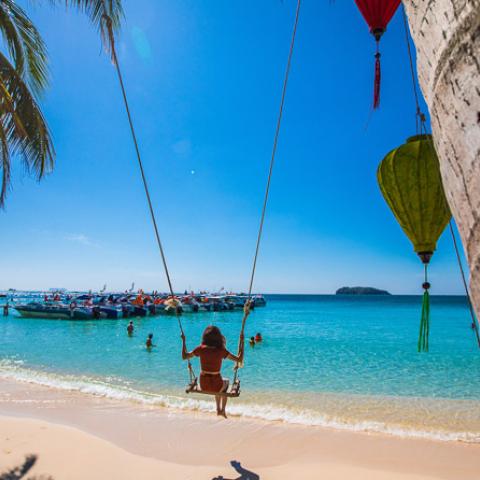 christmas wish giveaway vietnam tourism