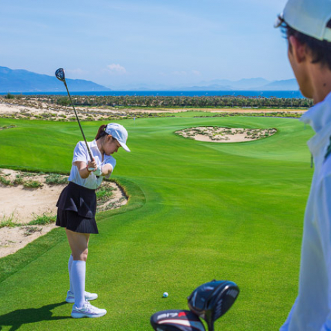 vietnam virtual experiences golf