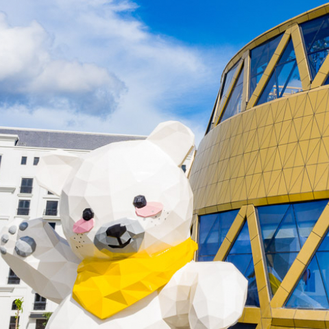 vietnam's first teddy bear museum